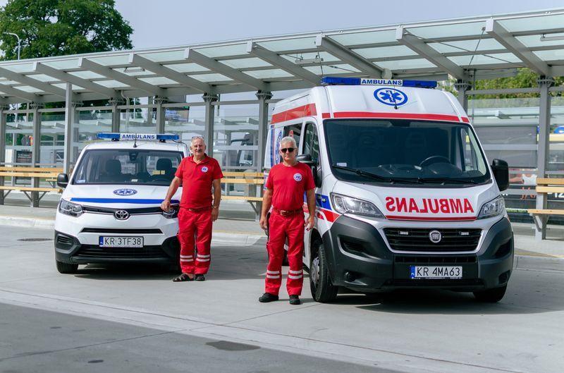 ratownicy medyczni  2